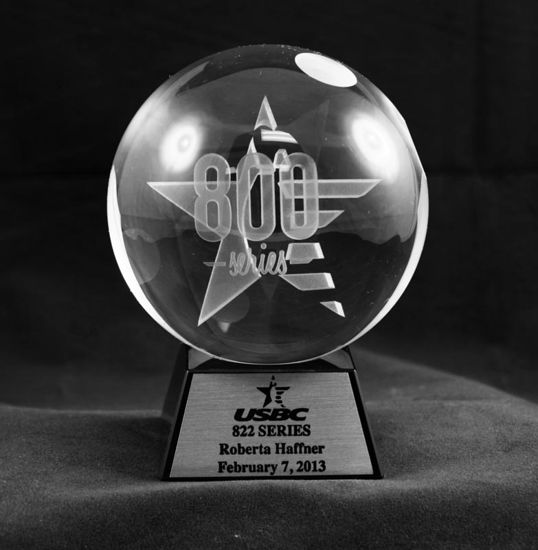 Picture of 800 Series Crystal Trophy